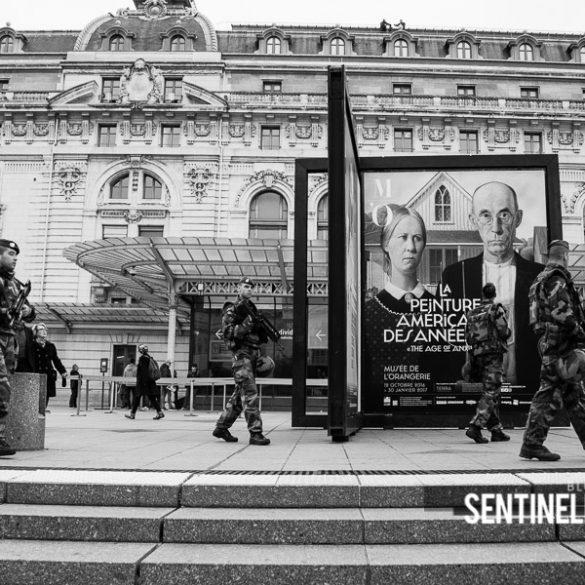 Patrouille devant le musée d'Orsay